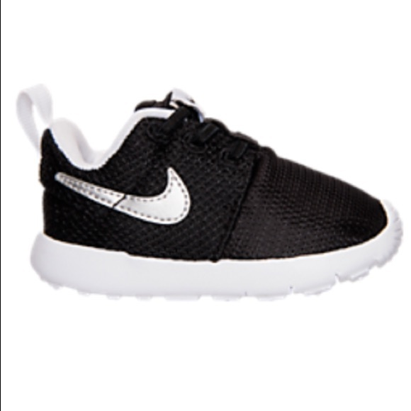online store c4317 a98eb Roshe one🔶Final Price🔶 NWT